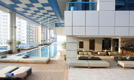 Dubai: 4* Stay with Laguna Water Park or Green Planet Dubai Tickets