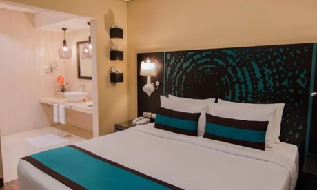 Dubai: 1- or 3-Night 4* Stay with Breakfast
